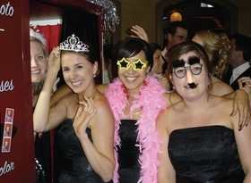 CHICAGO PHOTO BOOTH RENTAL DJ-Photography-Video - Photo Booth - Chicago, IL