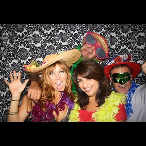 Bellevue Photo Booth | Aura Photo Booth