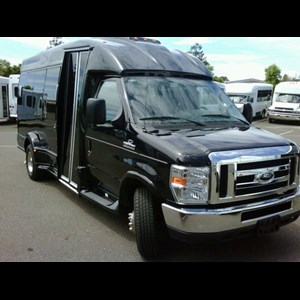 Fremont Party Limo | Paramount Transportation Inc.