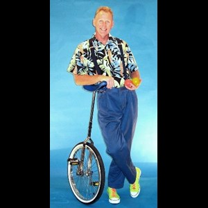South Bend Unicyclist | Mike Vondruska / America's #1 Juggling Teacher