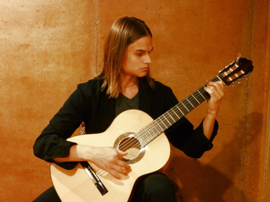 Flamenco Guitarist Atlanta_Gladius