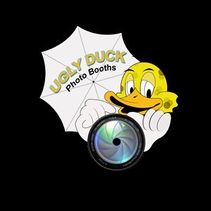 Maui Photo Booth | UGLY DUCK PHOTO BOOTHS