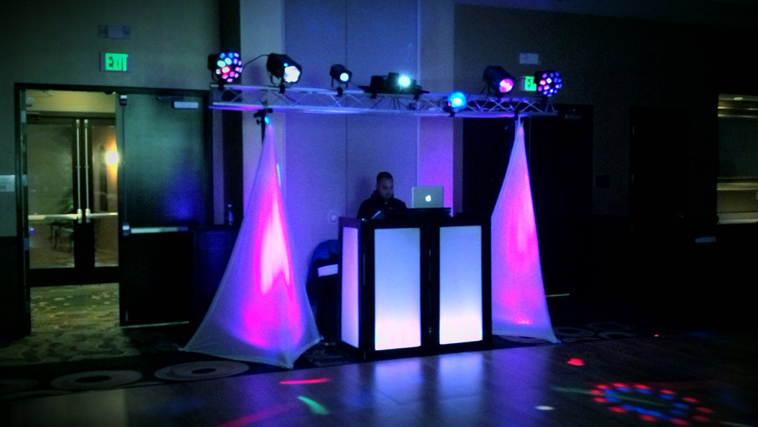 Uneak Events - DJ - San Antonio, TX