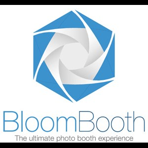 Vinton Photo Booth | BloomBooth Photo Booths