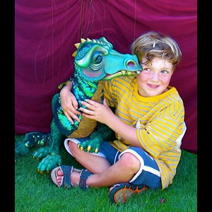 Indio Puppeteer | The Puppets & Players Little Theatre