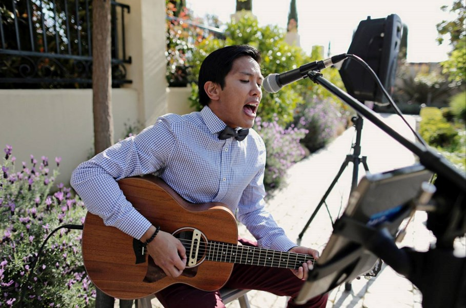 Island Style Wedding Singer Mike Dayao - Beach Music One Man Band - San Francisco, CA