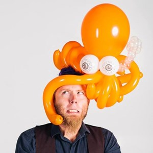 Garrett Park Balloon Twister | James Creel and His Balloonery