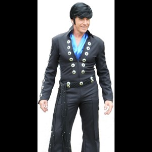 Rockport Elvis Impersonator | Wayne Talley