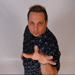 Arizona Hypnotist | Comedy Hypnotist & Magician Michael C. DeSchalit