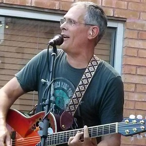 South Elgin Wedding Singer | Scott Hamilton - Singer Guitarist / Songwriter