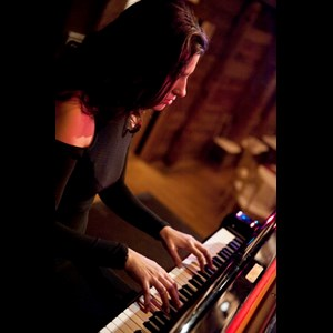 Arlington Keyboardist | Simone Baron