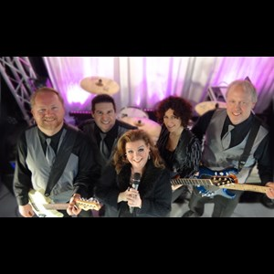River Forest Variety Band | Lisa Rene Band
