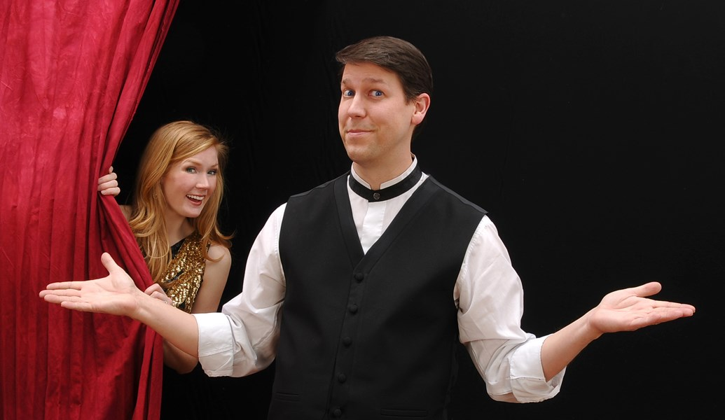 Corporate Magician Comedian... Mark Robinson - Magician - New York, NY