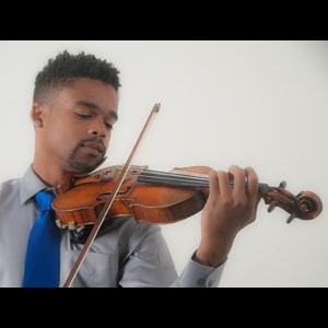 Lake Worth, FL Classical Violinist | Gareth Johnson, concert violinist