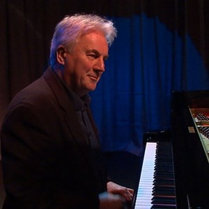 Burlington Pianist | ROGER MORRIS