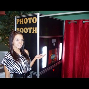TRIANGLE PHOTO BOOTH RENTAL - Photo Booth - Durham, NC