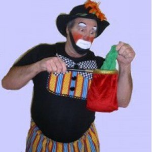 Irving Clown | Checkers Entertainment