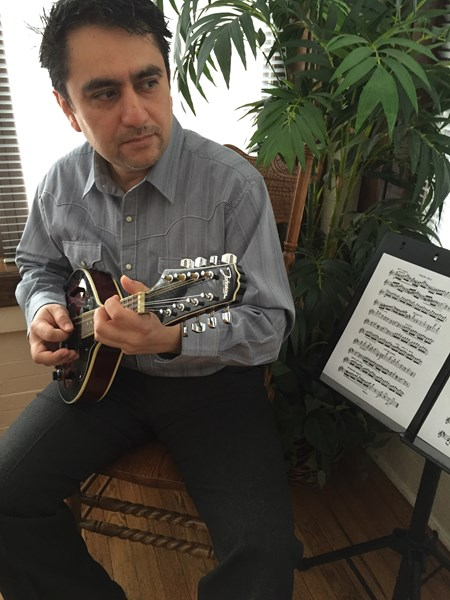 Don Patricio - Mandolin Player - Chicago, IL