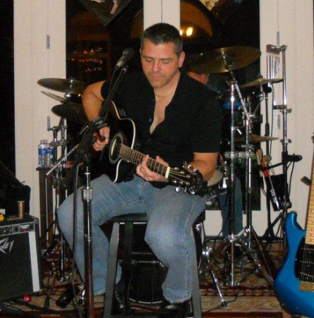Sean Biggins Singer/Guitarist - Acoustic Guitarist - Hilton Head Island, SC