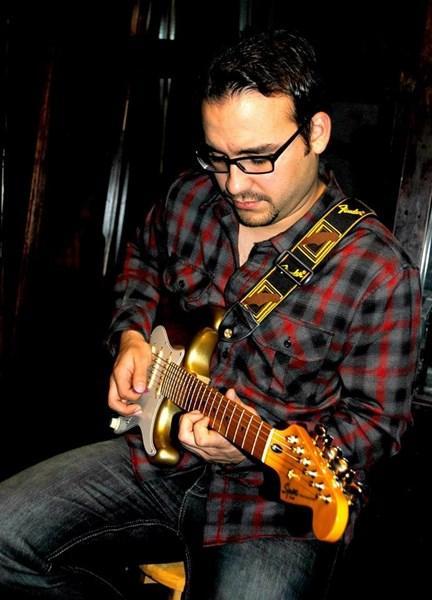 David Albornoz - Acoustic Guitarist - Spring, TX