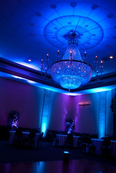 Musicbox Entertainment dj/uplighting/photo-booths - Event DJ - Fargo, ND