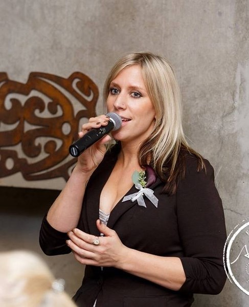 Janie Kelley-The Singing DJ - Event DJ - Stanwood, WA