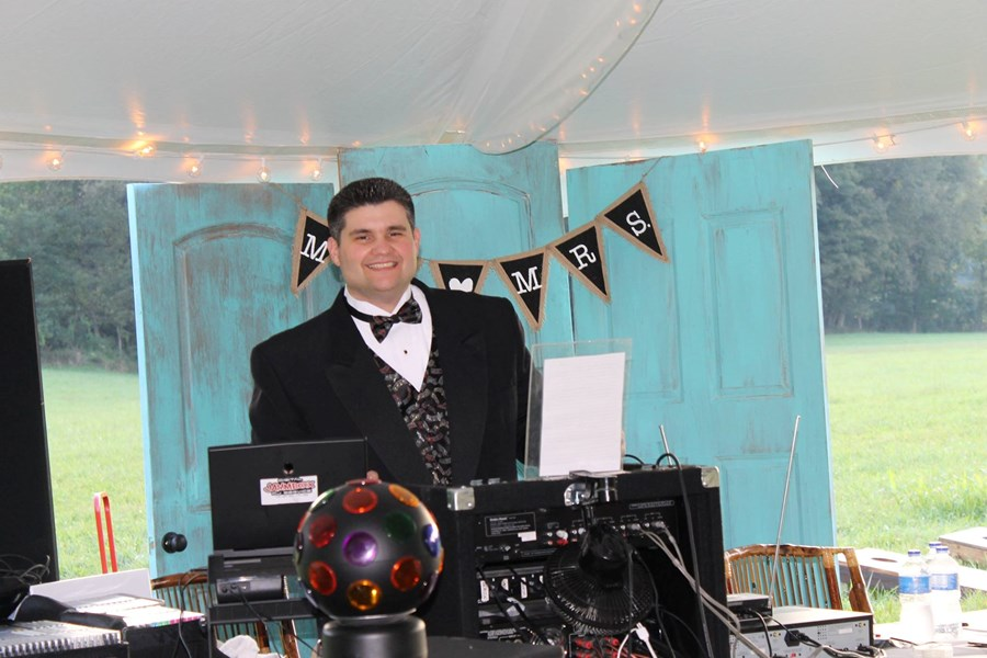 Digital Jamm Boxx DJ Service - Mobile DJ - Kingsport, TN