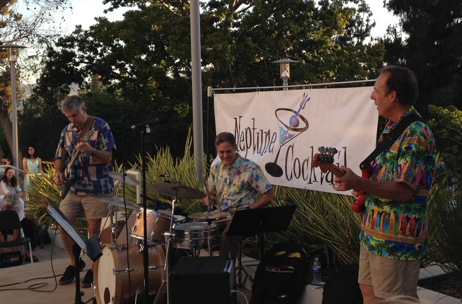 Neptune Cocktail - Beach Band - Whittier, CA