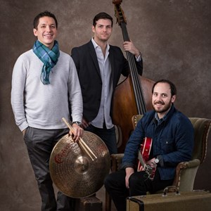 Cataldo Acoustic Trio | 200 Trio