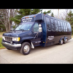 Wisconsin Bachelorette Party Bus | Larry's Transportation