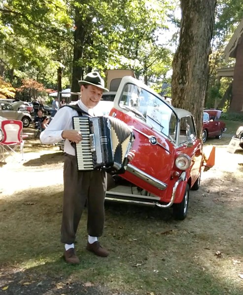 Gene Tirpak - Accordion Player - Beverly, NJ