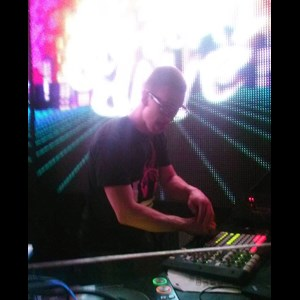 Boston Club DJ | Foxatron (Andrew John Beaton)