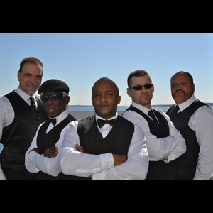 Rhode Island Dance Band | REAL DEAL