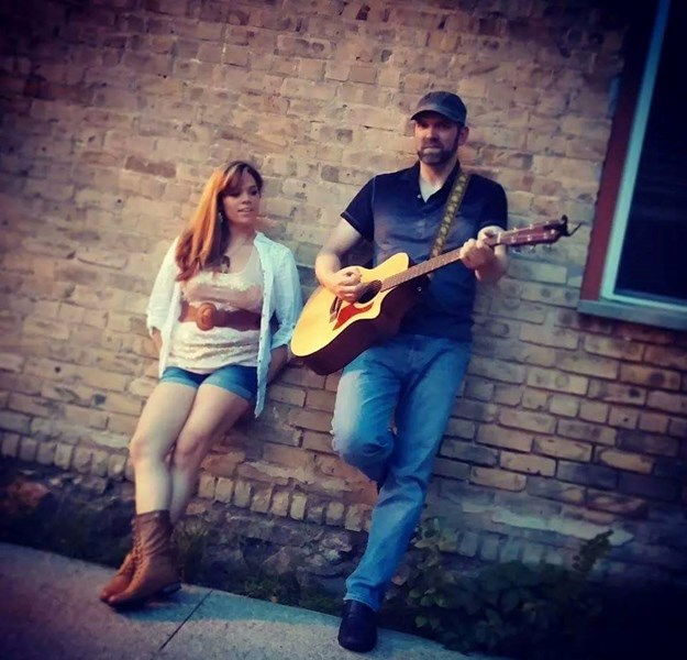 Radio Acoustic (acoustic duo) - Acoustic Guitarist - Minneapolis, MN