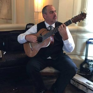 Queens Flamenco Guitarist | Victor Tarassov