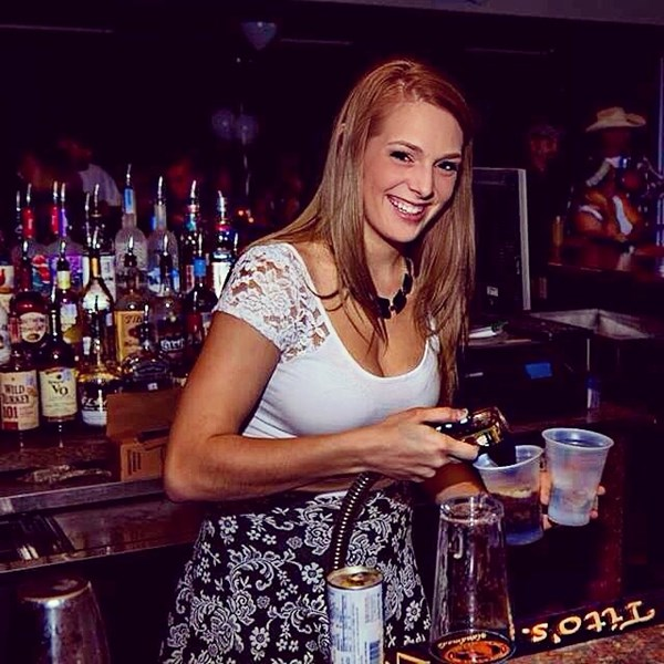 Destiney Woodall - Bartender - Austin, TX