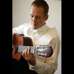 Lawrence, KS Classical Acoustic Guitarist | Sean Mawhirter