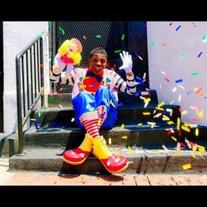 Campbell Puppeteer | Clown N Around Children's Entertainment Inc.