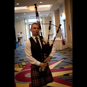 University of Richmond Bagpiper | Norfolk Bagpiper - Michael Supples