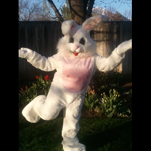 Lynnwood Balloon Twister | Seattle Easter Bunny