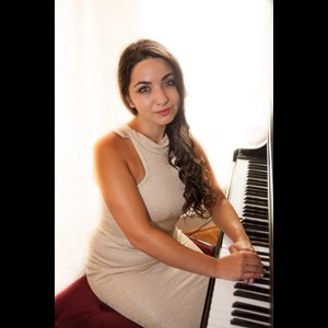Baltimore Pianist | Mary-Victoria Voutsas