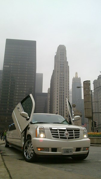 VIP Limousine Inc Chicago Limo & Party Bus - Event Limo - Chicago, IL