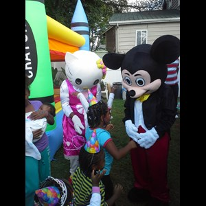 Hensley Party Inflatables | RATED G ENTERTAINMENT