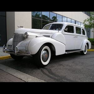 Bridgeport Classic Car Rental | Regal Limousines