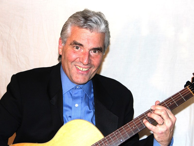 PHILIP ROBERTS SOLO GUITARIST - Classical Guitarist - Middlesex, NJ