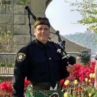Licking Bagpiper | Pipe Major Chuck Handerhan