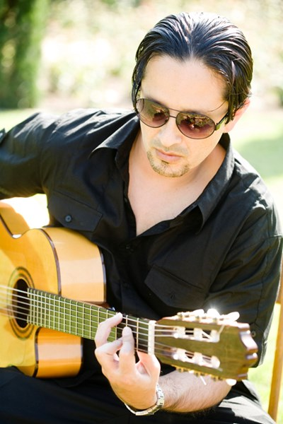 Miguel Rivera - Latin Acoustic Guitarist - Northridge, CA