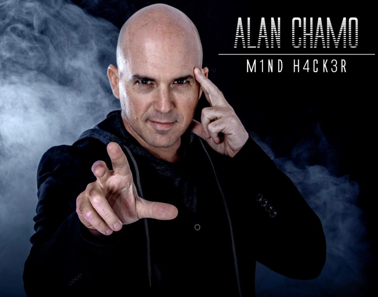 Alan Chamo - Mental Magic Entertainer - Mentalist - Miami Beach, FL