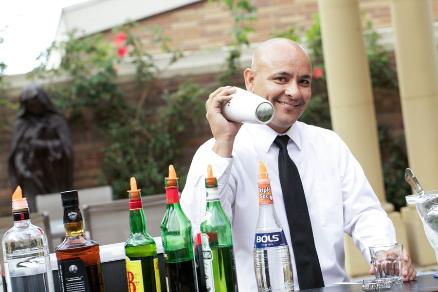 Hire a Bartender Service