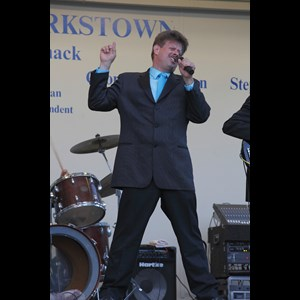 Tuxedo Park Oldies Band | Adam & The NewHearts